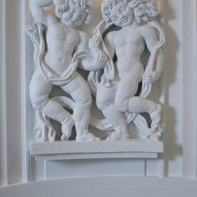 Jean rene debarre sculpteur bas relief espace d'art galerie le comoedia finistere brest bretagne tourisme culture patrimpoine angelots