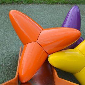 grand tetrapode orange vincent de monpezat galerie espace art le comoedia sculpture exposition couleurs sculptees brest