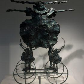 Sculpture martine Kerbaol les gémaux galerie espace art le Comoedia exposition contemporaine brest finistere bretagne