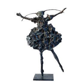 la pointeChimene martine kerbaol sculpture sculptrice exposition temporaire espace art le comoedia brest finistere bretagne culture tourisme