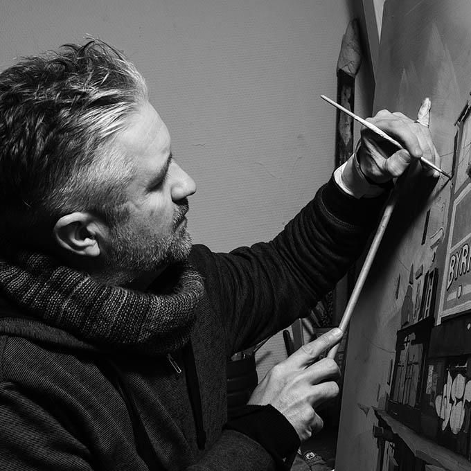 Portrait Photographie de Wen2 artiste de la galerie espace art le Comoedia Brest exposition art urbain street art graff