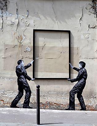 Levalet artiste de la galerie espace art le Comoedia Brest exposition art urbain street art