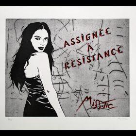 Assignee a resistance de Miss Tic eau forte artiste de la galerie espace art le Comoedia Brest exposition art urbain street art