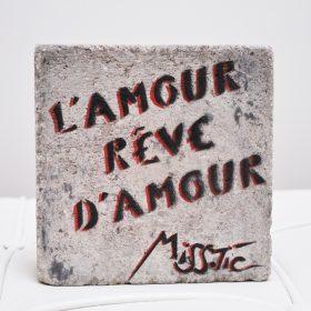 L amour reve d amour Aerosol sur Pave de Miss Tic exposition art urbain galerie art le Comoedia
