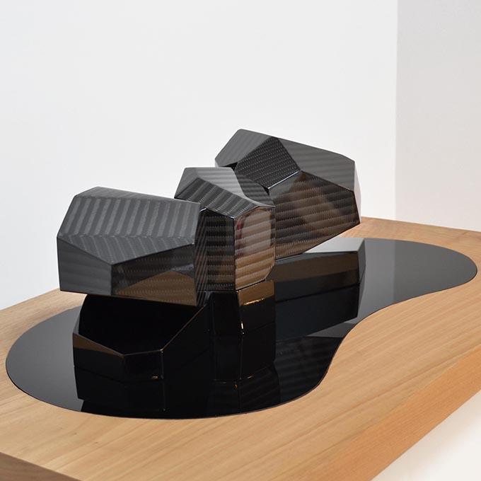 Exposition art urbain sculpture Carbone et bois Vincent de Montpezat galerie art le Comoedia