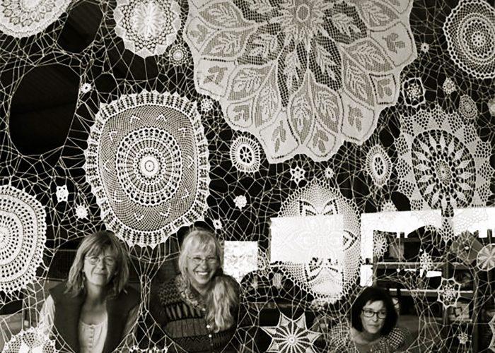 portrait tisseuses de lien comoedia brest galerie exposition vente art contemporain finistere bretagne