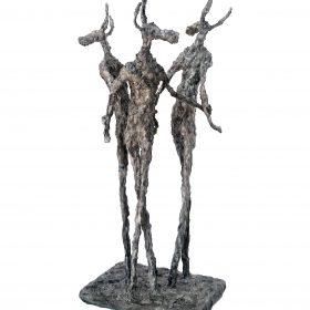 Sculpture Karine Chaudé personnage à cornes en cercle