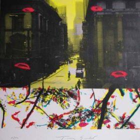 Lithographie Tony Soulié photo noir et blanc de rue coloration jaune formes de branches et feuilles colorées