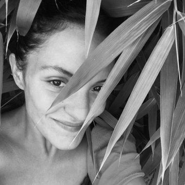 Photo portrait noir et blanc Neila Serrano