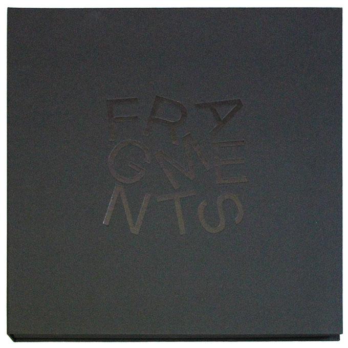 Coffret - Fragments - Fred Ebami - Couverture grise foncée