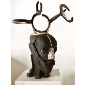 Sculpture - Marc PIANO - African stone - marron - personnage à antennes