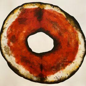 Gravure - Thomas Godin - rond - rouge, doré, blanc - contours noirs - encadré - personnages dansant