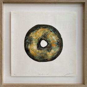 Gravure - Thomas Godin - rond - bleu/turquoise, doré, orange, blanc - contours noirs - portées de musique - encadré